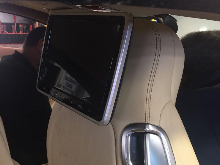 pose écran appuie tête Bentley