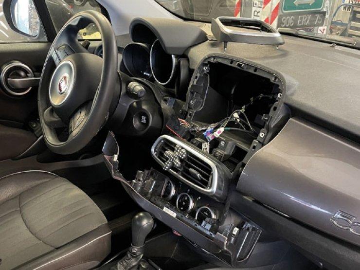 fiat 500x apple CarPlay