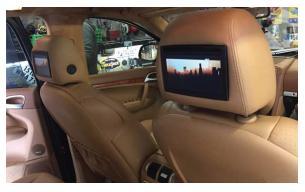 pose écran et dvd Porsche cayenne